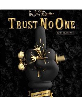 Mighty Jaxx 20CM COMPANION Pinocchio TRUST NO ONE Vinyl Statue Black Gold Ver.